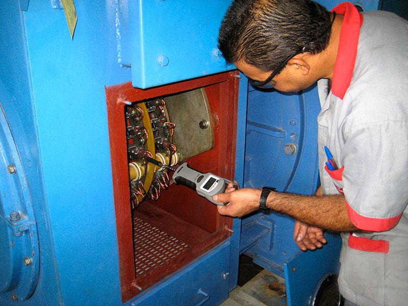 ELECTROMOTORES, DC Machines